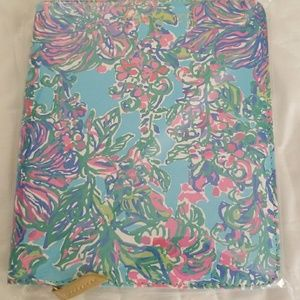 New Lilly Pulitzer Travel Journal in Shorely Blue